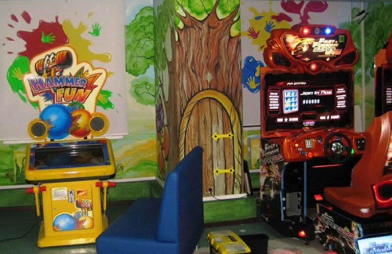 Игровые автоматы в атриуме азартные игры бесплатные играть онлайнi